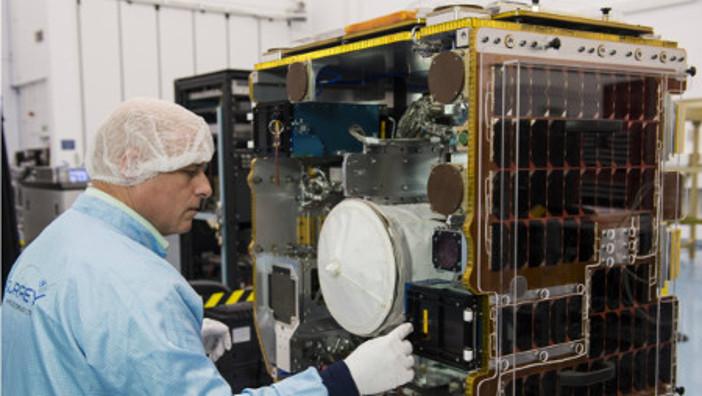 Satellite assembly