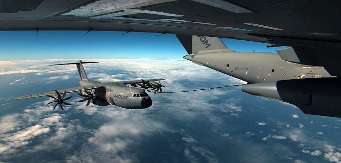 A400M Cargo Hold Tanks refueling