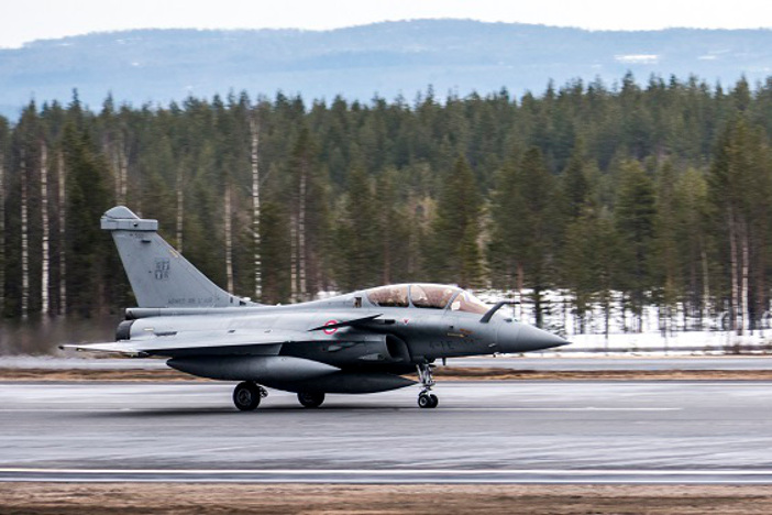 Dassault cold weather tests Rafale fighter in Finland