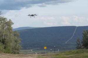 A drone flew six kilometers along the Alyeska trans-Alaska pipeline in the first FAA approved BVLOS flight test (Photo: University of Alaska Fairbanks / Sean Tevebaugh)