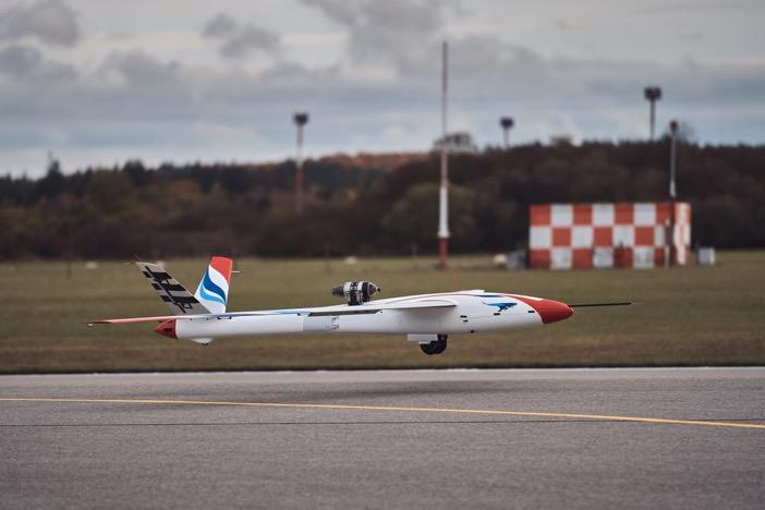 Flexop aircraft takeoff