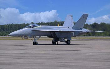 Super Hornet test aircraft